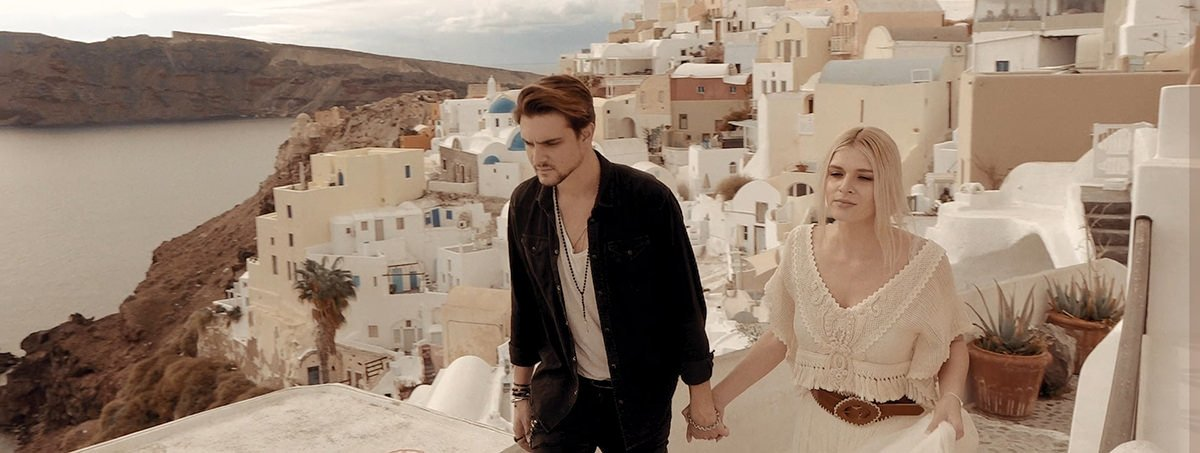 Santorini Adventurous Elopement in Oia