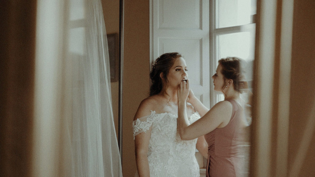Bride preps in Villa Rey Umbria