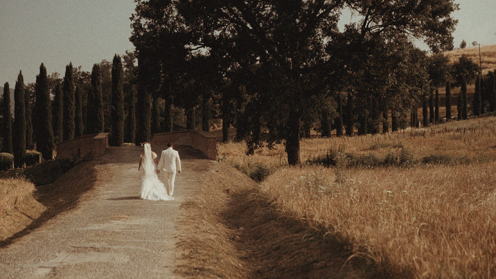 Best Umbria wedding videographer for an elopement in Villa Rey Countryhouse