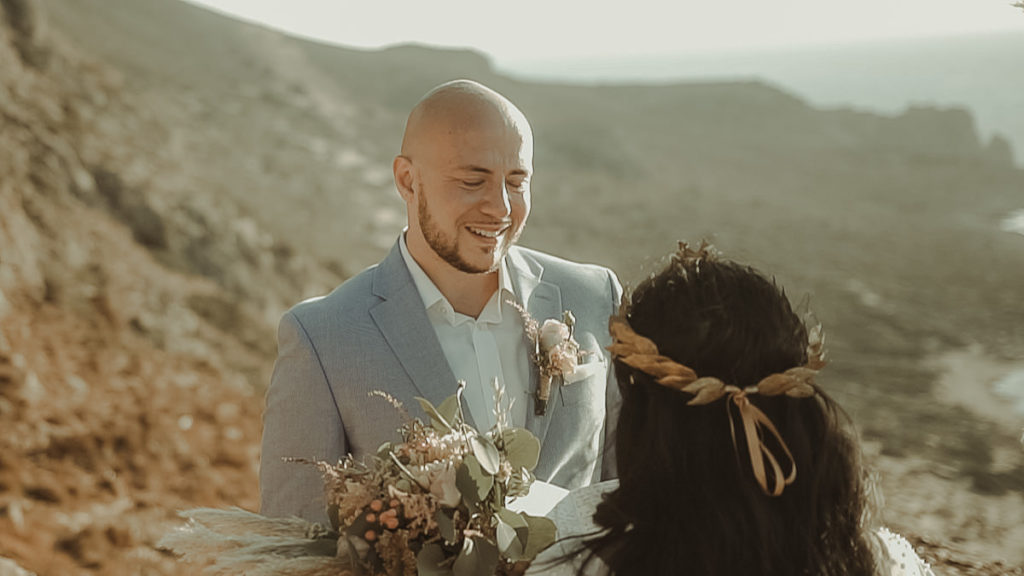 Emotional destination wedding in Balos lagoon