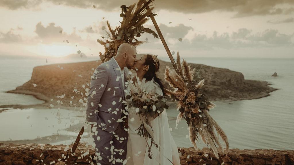 Elopement Wedding in Balos lagoon in Crete