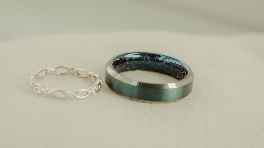 Original engagement rings for an elopement in Crete