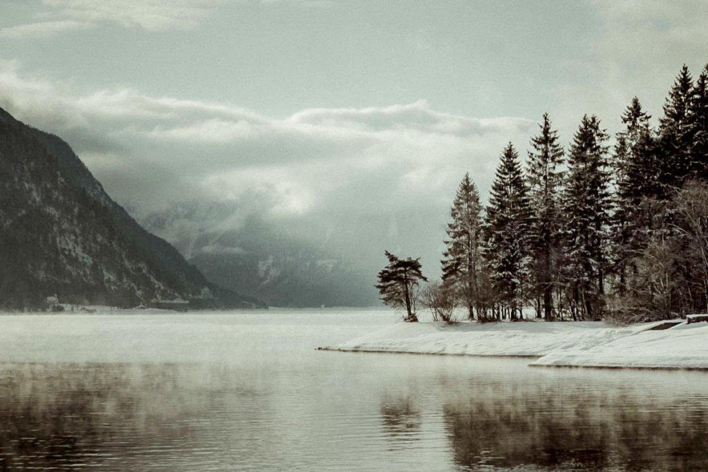 Austrian Alps winter elopement in Lake Achensee Tirol