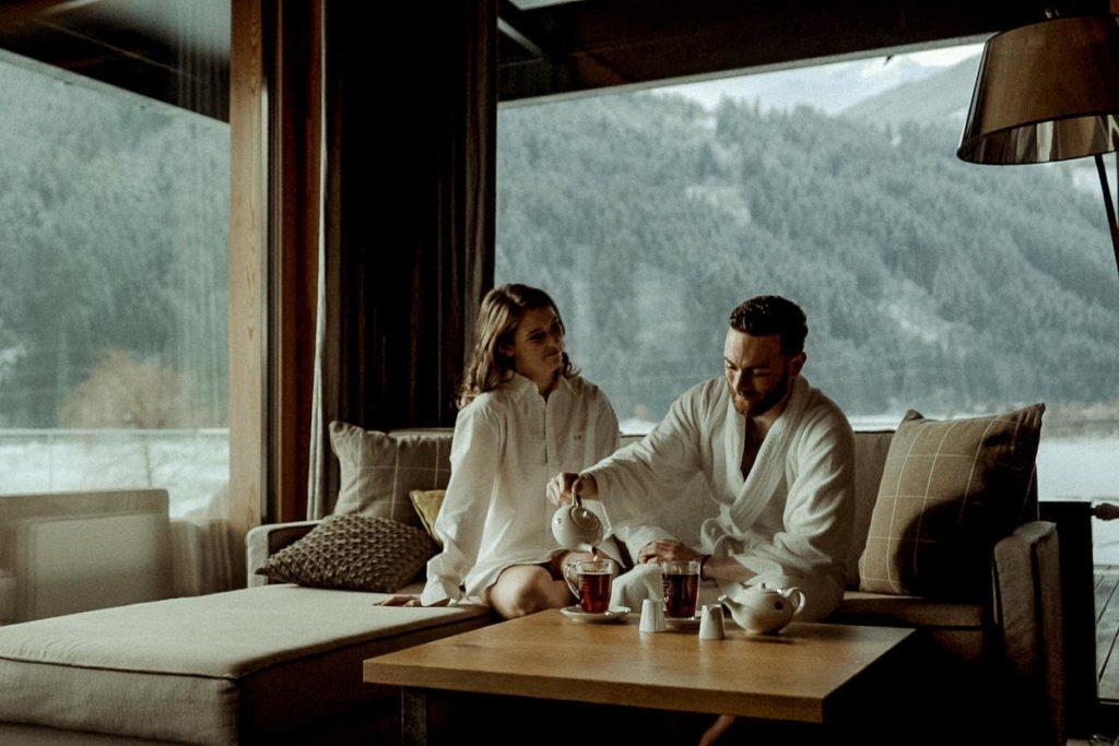Austrian Alps winter elopement - Getting ready in Zillertal