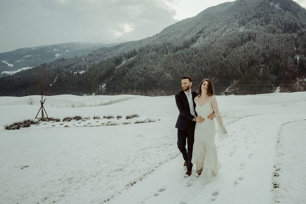 Winter elopement in Lake Achensee Tirol in the Austrian Alps