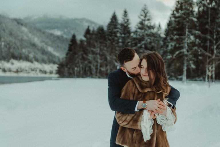 Austrian Alps wedding videographer filming winter elopement in Lake Achensee Tirol