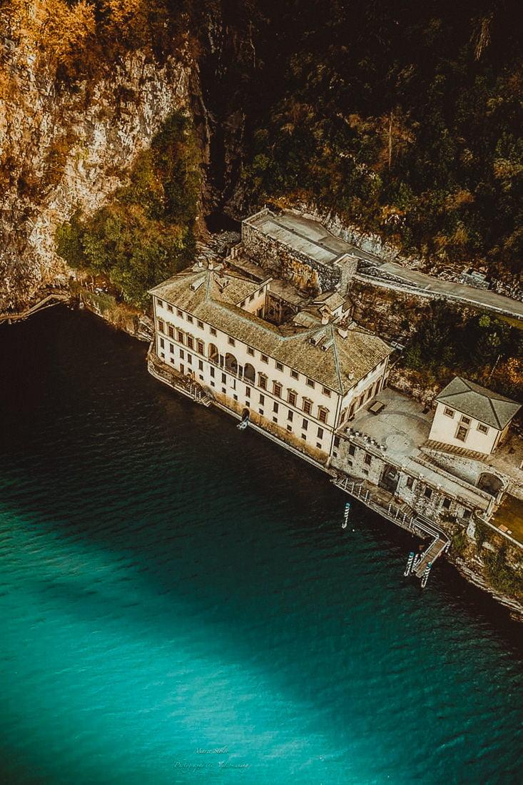 amazing aerial view of the wedding venue Villa Pliniana in Lake Como