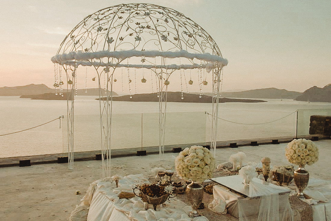 The breathtaking terrace of Cavo Ventus in Santorini one of the best places to get married in Santorini Akrotiri