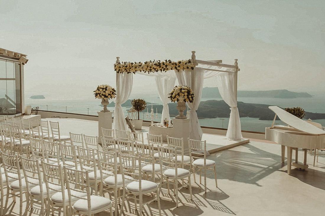 Santorini Gem is one of the best wedding venues in Santorini