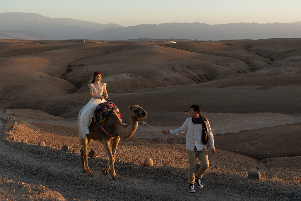 Elopement in Morocco before editing with lightroom photography presets