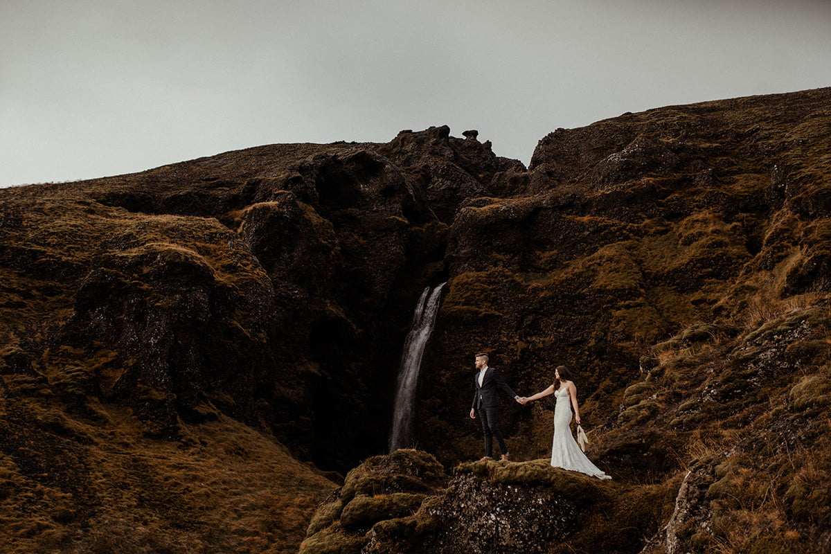 Elopement photography in Iceland edited with the poetry lightroom presets